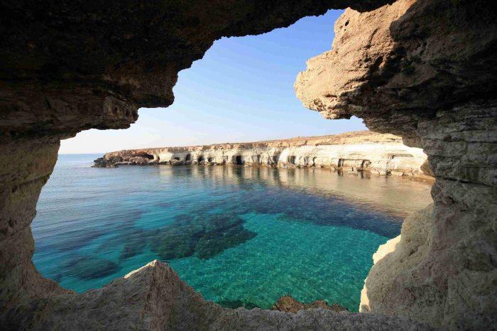 Кіпр – раннє бронювання!