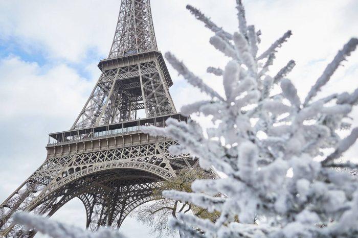 Різдво у Парижі